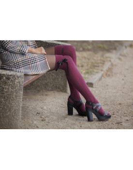 Ilgos kojinės Milena su kaspinėliais